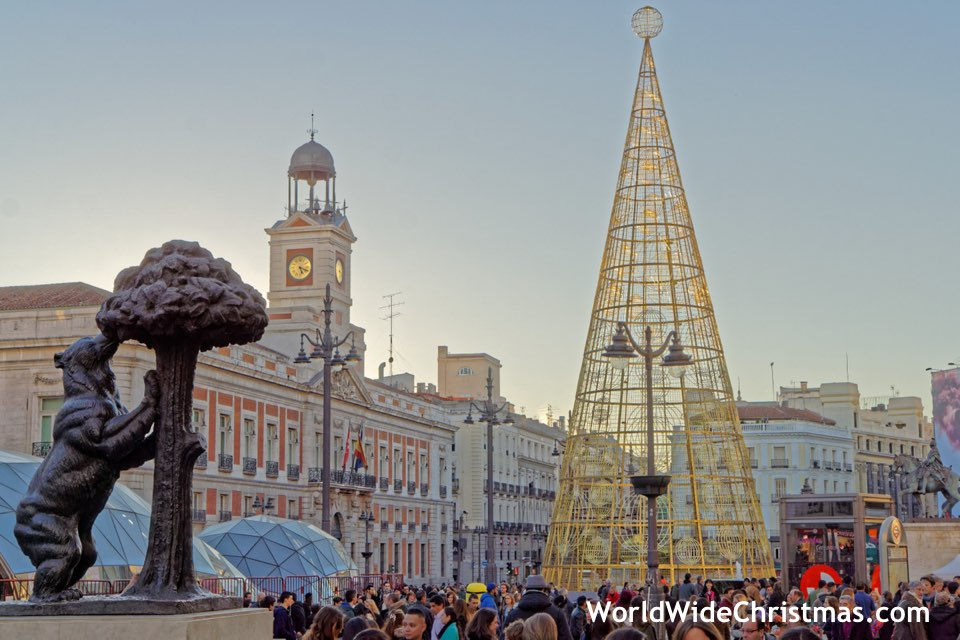 christmas-in-spain-madrid-sol