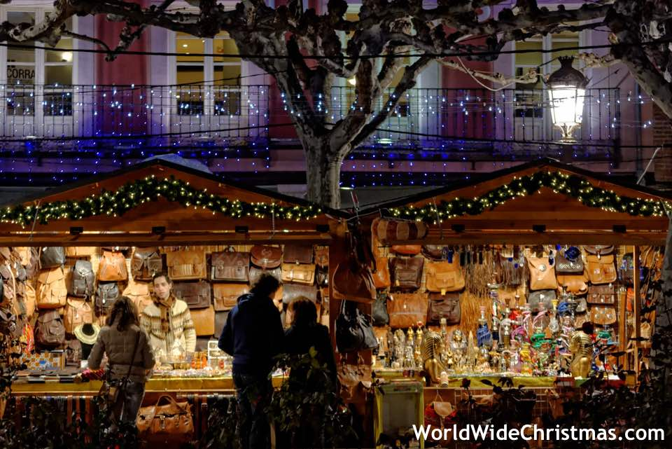 What Kind Of Christmas Decorations Are Used In Spain : Christmas in spain by a spaniard world wide